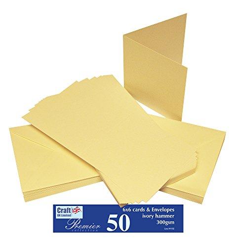 Craft UK W102 - Paquete de 50 tarjetas martilladas de 15,24 x 15,24 cm, color marfil