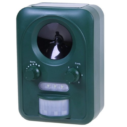 weatherproof-ultrasonic-solar-powered-rechargeable-battery-operated-ultrasonic-cat-fox-pest-repeller