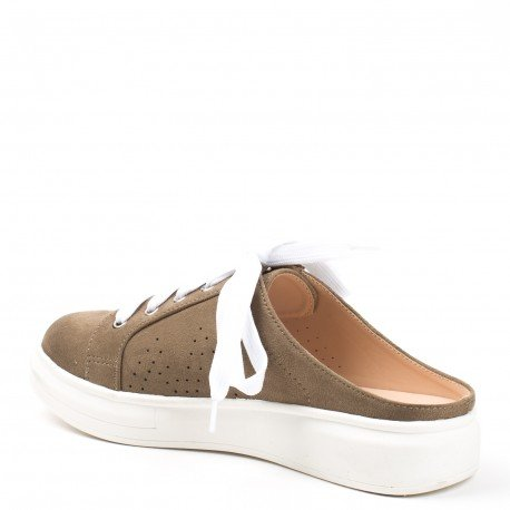 Ideal Shoes - Baskets style mules effet daim Venante Taupe