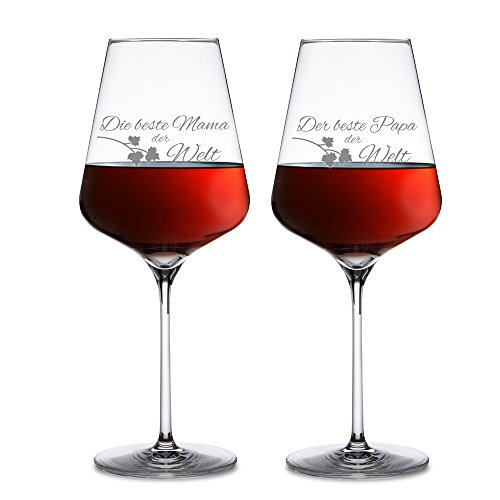 AMAVEL Rotweingläser, 2er Set Weingläser mit Gravur für Mama und Papa, Weinglas als Geschenkidee für Eltern, Füllmenge: 500 ml