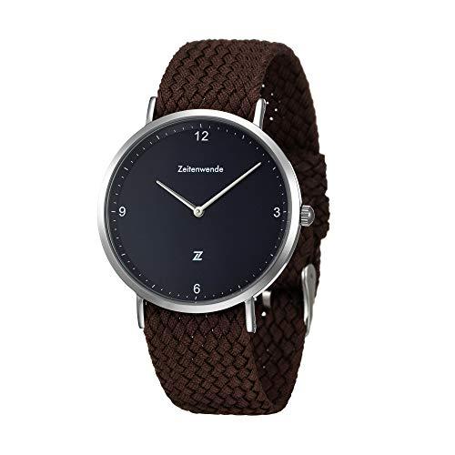 Zeitenwende minimalistische Herren-Uhr Quarz Uhrwerk mit stufenlos einstellbarem rötlich braunem Perlon-Armband und Schweizer Uhrwerk -