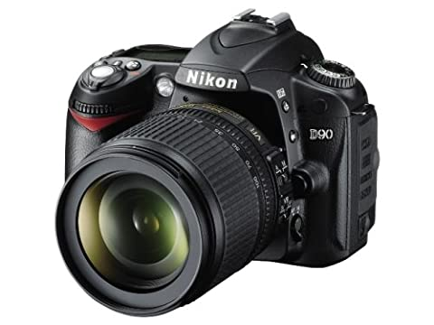 Nikon D90 SLR-Digitalkamera (12 Megapixel, Live-View, HD-Videofunktion) Kit inkl. 18-105mm 1:3,5-5,6G VR Objektiv