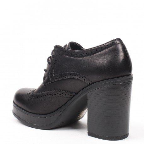 Ideal Shoes - Richelieu à talon épais Kaely Noir