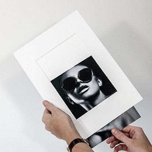 Präsentation Passepartout - Reinweiß - Passepartout mit Rückwand - Foto Einschub - Aufbewahrung - Archivieren - Präsentieren - Museumsqualität - Klapp Passepartout (Außen: 30x40cm - für Foto: DIN A4)
