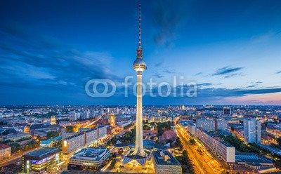 druck-shop24 Wunschmotiv: Berlin skyline with TV tower at Alexanderplatz at night, Germany #90768140 - Bild auf Forex-Platte - 3:2-60 x 40 cm/40 x 60 cm