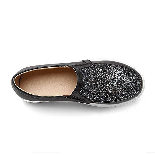 AllhqFashion Damen Blend-Materialien Niedriger Absatz Rund Zehe Ziehen Auf Pumps Schuhe Schwarz