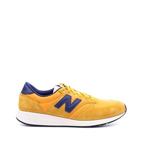 Calzado deportivo para hombre, color Amarillo , marca NEW BALANCE, modelo Calzado Deportivo Para Hombre NEW BALANCE MRL420 SE Amarillo
