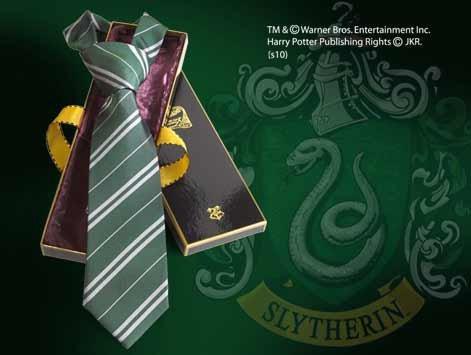 NOBLE COLLECTION - HARRY POTTER CORBATA SERPEVERDE DELUXE