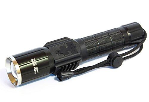 TORCIA LAMPADA LED RICARICABILE 7 LED CREE 6+1 288000 LUMEN 188000W USB