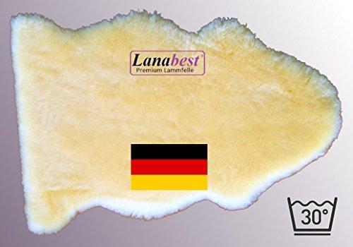 Schönes, großes Merino Lammfell ca. 90 cm, hergestellt in Deutschland! Spitzenqualität, noch zarter, noch weicher, waschbar bei 30°C. Umweltgerecht hergestellt in Deutschland zur Sicherheit von Eltern und Kindern. Geschoren auf ca. 3cm, ca. 90 cm.