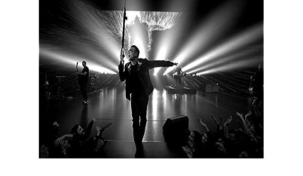 The Edge 15 U2 Bono Adam Clayton Larry Mullen Jr Id/éal M/étal Rock Couverture Design de lAlbum Groupe de musique Best Photo A3 Poster Motif tableau Unique