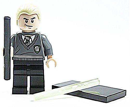 LEGO Harry Potter Figur Draco Malfoy mit 2 Zauberstäben und Zubehör genau wie abgebildet (Draco Malfoy Lego)