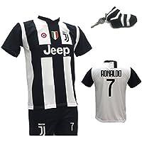 Completo calcio maglia Cristiano Ronaldo 7 CR7 Juventus + Pantaloncino con numero 7 stampato replica autorizzata 2018-2019 bambino (taglie 2 4 6 8 10 12) adulto (S M L XL) con in regalo calzino portachiavi bianconero (12 anni)