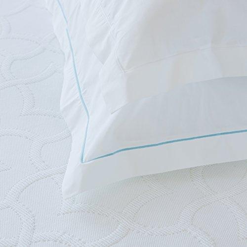 ROSE VILLAGE Feine Hotelbettwäsche, Design LOURES, Hergestellt in Portugal, 80 Fd./cm² (200 TC/in²), Farbe: weiß, Farbe: weiß uni, Kissenbezug mit Stickerei (weiß), Größe: 40x80