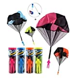 CEASYDE 4 Pack Tangle Free Throwing Toy, Interesting Hand Throw Parachute Army Man, Toss It Up and watch Landing Outdoor Square Children\'s Flying Toys for Kids and Children