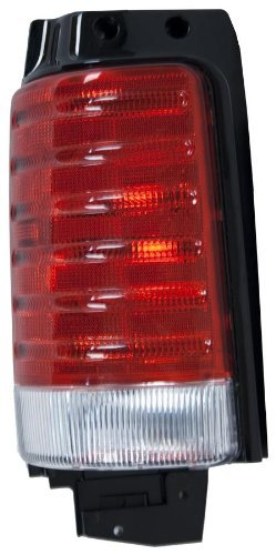 oe-replacement-chrysler-town-country-plymouth-voyager-driver-side-taillight-assembly-partslink-numbe