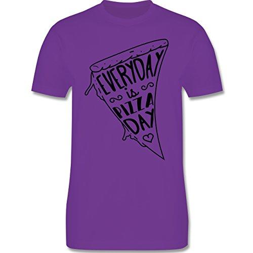 Statement Shirts - Everyday is Pizza Day - Herren Premium T-Shirt Lila