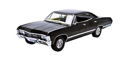 greenlight-collectibles-19014-chevrolet-impala-sport-sedan-saacrie-supernatural-1967-echelle-1-18-by