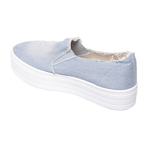 La Modeuse - Baskets de type slip-onen jeans destroy Bleu Clair
