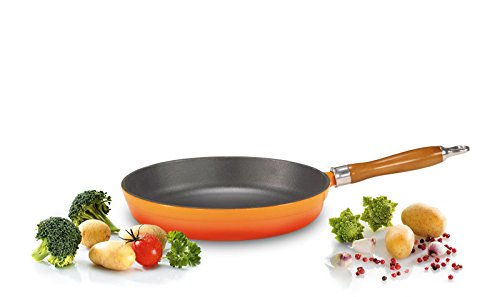 Karl Kruger Cuisine Enamelled Cast Iron Dishes Series Pan with Wooden Handle, Black, 20 cm