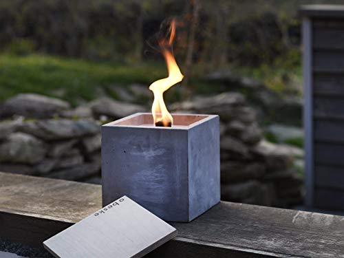 Beske-Betonfeuer mit \'Dauerdocht\' | Größe 17x17x17 | Wiederbefüllbare Gartenfackel | \'Unendliche\' Brenndauer durch umweltfreundliches Recycling von Kerzenwachs