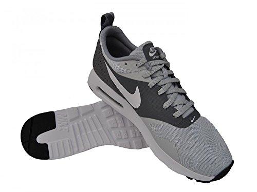 Nike Air Max Tavas Essential, sneaker homme Pure Platinum/Cool Grey/Wolf grey/White