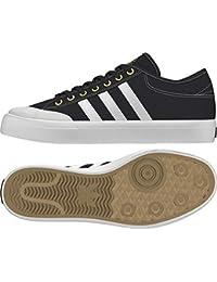 uk availability 2c04c 067ba Adidas Matchcourt, Scarpe da Skateboard Uomo, Nero (CblackFtwwhtGold Mt