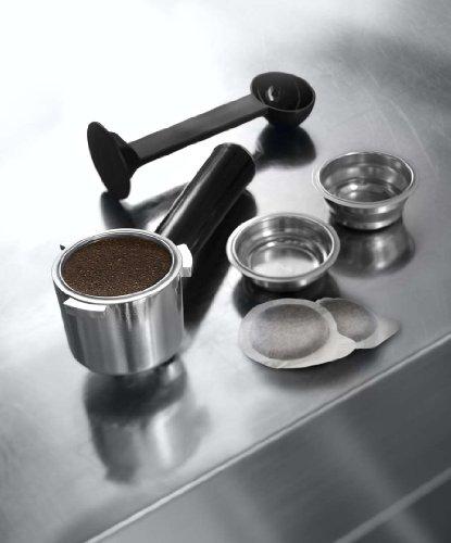 De'Longhi EC680.BK Dedica Coffee Machine with 15 Bar Espresso Pump – Black