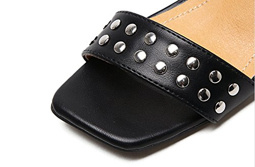 Aisun Damen Nieten Lederoptik Quadratische Zehe Knöchelriemchen Silber Blockabsatz Sandalen Schwarz