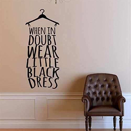 wandaufkleber 3d Wandtattoo Schlafzimmer Mode-tragender Zitat-Aufkleber, wenn im Zweifel wenig schwarzes Kleid für Wohnzimmer-Mädchen-Schlafzimmer trägt