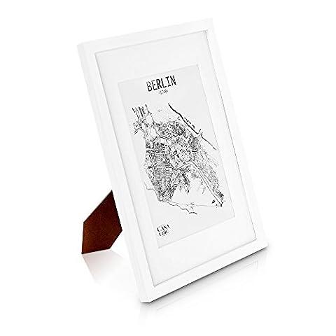 Echtholz Bilderrahmen A3 - Weiß - DIN A3 Bilderrahmen mit A4 Passepartout und Plexiglasscheibe - Poster-Holzbilderrahmen - Rahmenbreite 2cm!