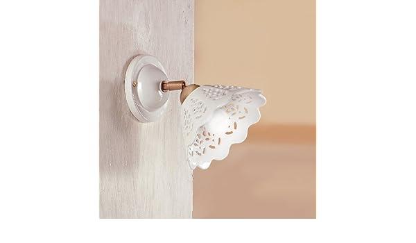 Applique a parete in ceramica bianca traforata linea ceramica