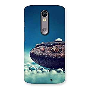 Impressive Pebbels Chocolate Drops Multiple Back Case Cover for Moto X Force