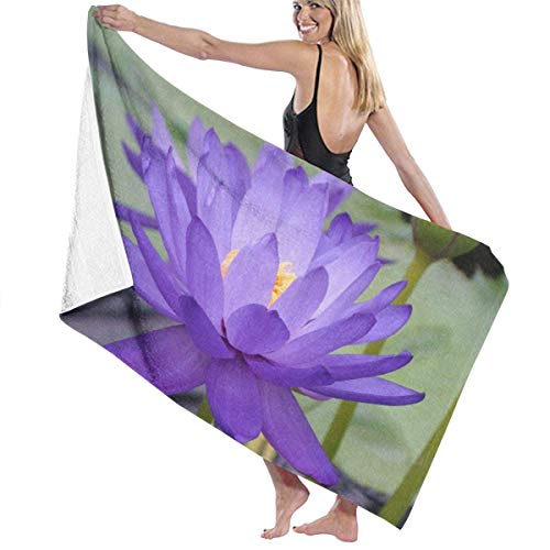 xcvgcxcvasda Serviette de bain, Water Lily Purple Lous Premium 100% Polyester Large Beach Towel, Suitable for Hotel, Swimming Pool, Gym, Beach, Natural, Soft, Quick Drying Lily Serviette