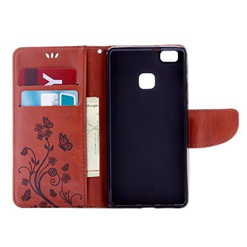 Huawei P9 Lite Cover Protettiva, Alfort 2 in 1 Custodia in Pelle Verniciata Goffrata Farfalle e Fiori Alta qualità Cuoio Flip Stand Case per la Custodia Huawei P9 Lite Ci sono Funzioni di Supporto e P Marrone