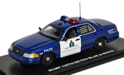 first-response-1-43-ford-crown-victoria-rcmp-retro-blue-white-japan-import
