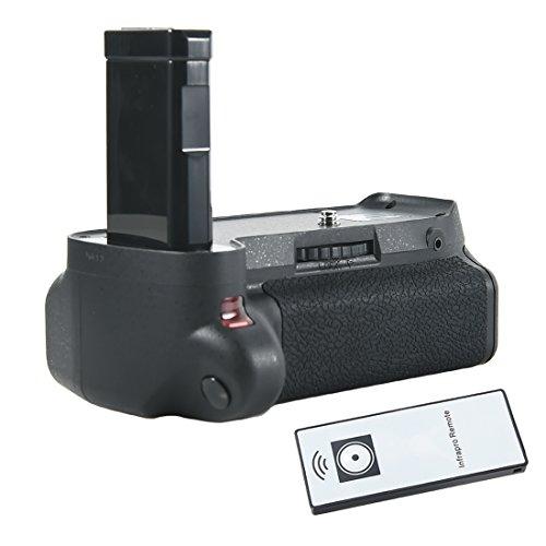 DSTE Pro Multi Power Battery Grip Holder for Nikon D5100, D5200 with Remote Multi Power Battery Grip