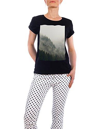 "Design T-Shirt Frauen Earth Positive ""Mountain Mist"" - stylisches Shirt Natur von Linsay Macdonald Schwarz"