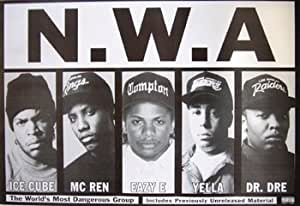 llovingmystuff Poster géant NWA (Ice Cube, MC Ren, Eazy E, Yella, Dr Dre) 91x60cm