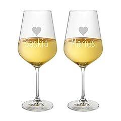 Idea Regalo - AMAVEL Set 2 Calici Vino Bianco in Vetro, Incisione Personalizzata con Nomi e Cuori, Idea Regalo per Coppie, San Valentino