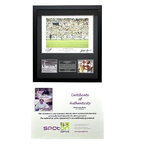 Certifié Cadre signé Photo's Football Merchandise joueurs de Football et tous les véritables avec certificat d'authenticité Édition limitée! Obtenez la vôtre en stock durée!, Noir - Pele & Gordon Banks
