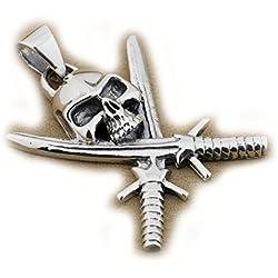 Collar con diseño de calavera pirata en plata.