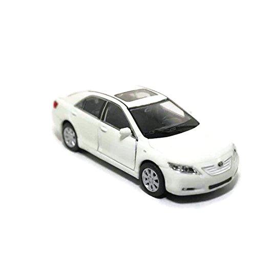 coche-de-lujo-toyota-camry-escala-13439
