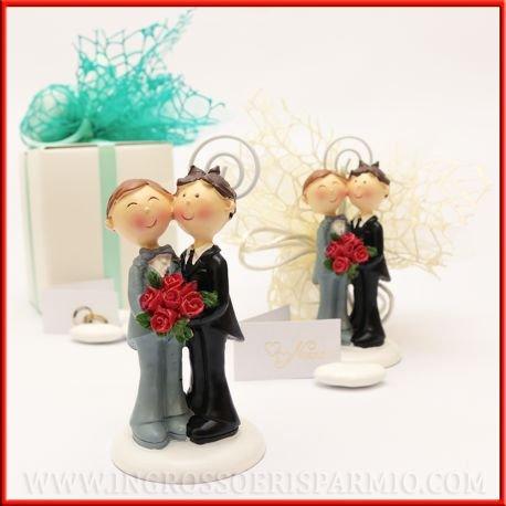 Statuina portafoto sposi in resina coppia gay per unioni civili tra uomini completa di asticina a spirale memoclip - bomboniera matrimonio, unioni civili,segnaposto (kit 12 pz)
