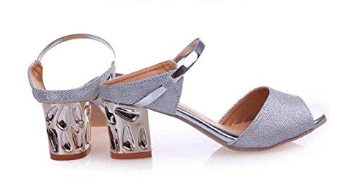 Les étudiants de gros souliers à tête de poisson avec des sandales sandales Silver