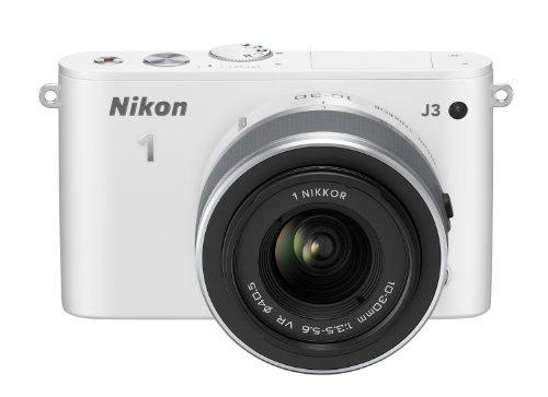 Nikon 1 J3 Systemkamera (14 Megapixel, 7,5 cm (3 Zoll) LCD-Display, Full HD) Kit inkl. 1 Nikkor 10-30 mm VR-Objektiv weiß (Nikon 1 J3 Akku-ladegerät)