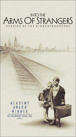 Preisvergleich Produktbild Into the Arms of Strangers: Stories of the Kindertransport [VHS]