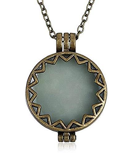 EVRYLON Halskette für Damen mit hellblauen Akzenten, runden Fantasie Solare Glow in The Dark Green Schönes Geschenk für Mädchen