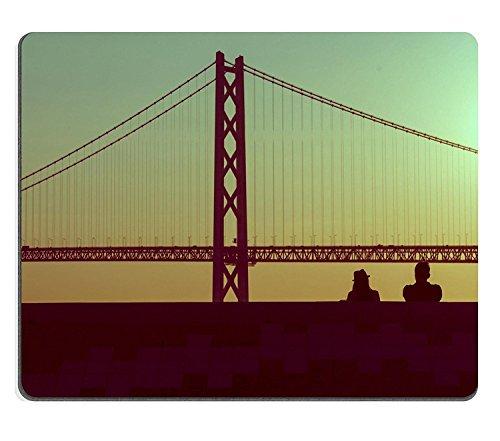 luxlady Naturkautschuk Gaming Mousepads Silhouette Paar sitzend zusammen mit Brücke in Vintage Stil Pastell Bild-ID 27825492