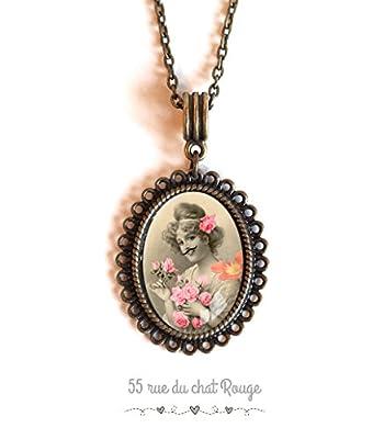 Collier cabochon ovale, la femme à la moustache, fleur rose, vintage, rétro